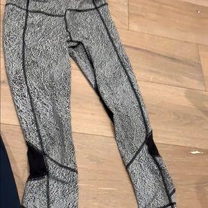 Lululemon leggings